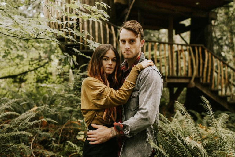 Treehouse Point Couples Session in Washington